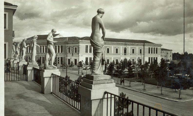Palazzo Delle Statue Foggia